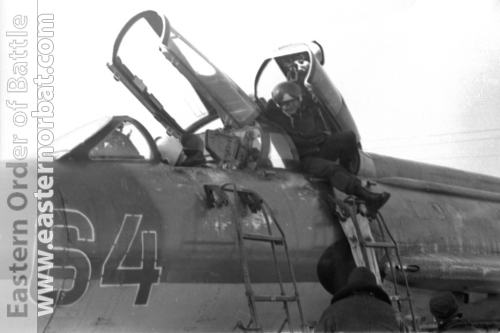 Soviet 305th Fighter-Bomber Air Regiment Su-7U Moujik at Postavy