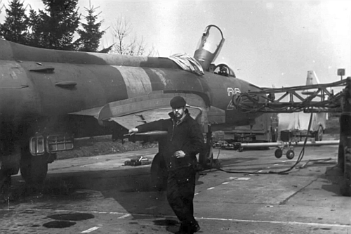 Soviet technical crew in front of their Su-17M2 Fitter-D variable-sweep wing fighter bomber in the middle of eighties at the Lutsk airport.
