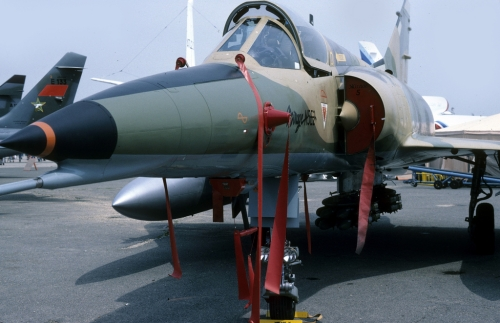 Egyptian Mirage 5E2 with weapons