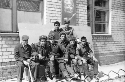 Soviet 129th fighter-bomber air regiment 's crews in Taldy Kurgan
