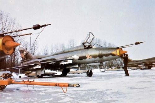 Hungarian Su-22M3 Fitter-J reconnaissance-bomber type at Taszár air base in eighteen.